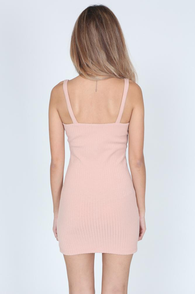 Iphito Dress in Pink