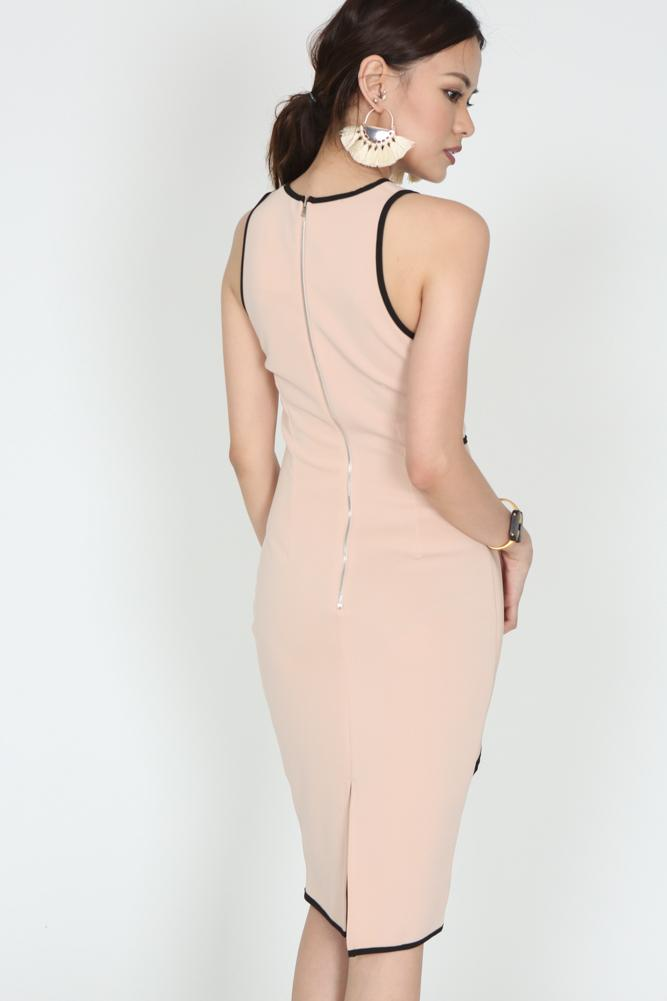 Contrast Trim Twisted Knot Dress in Nude