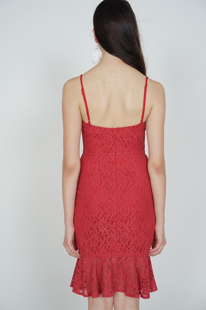 Mermaid Lace Dress in Red