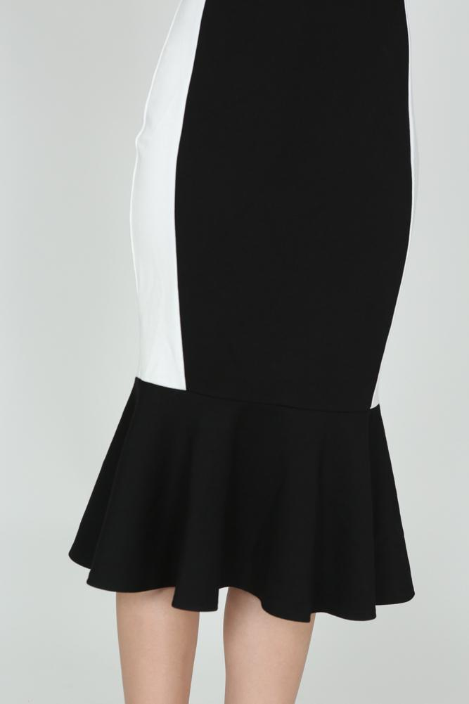 Contrast Mermaid Dress in Black