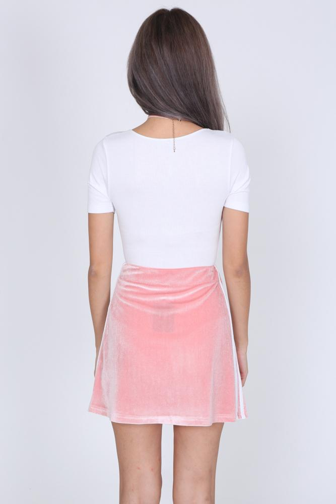 Contrast Trim Velvet Mini Skirt in Pink