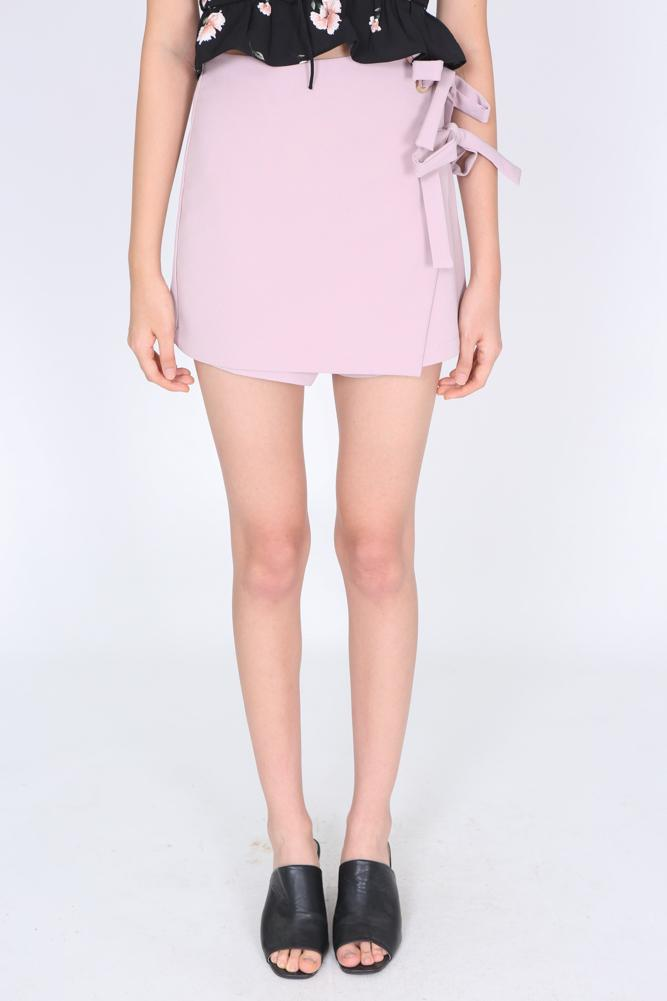 Self-Tie Wrapped Skorts in Blush