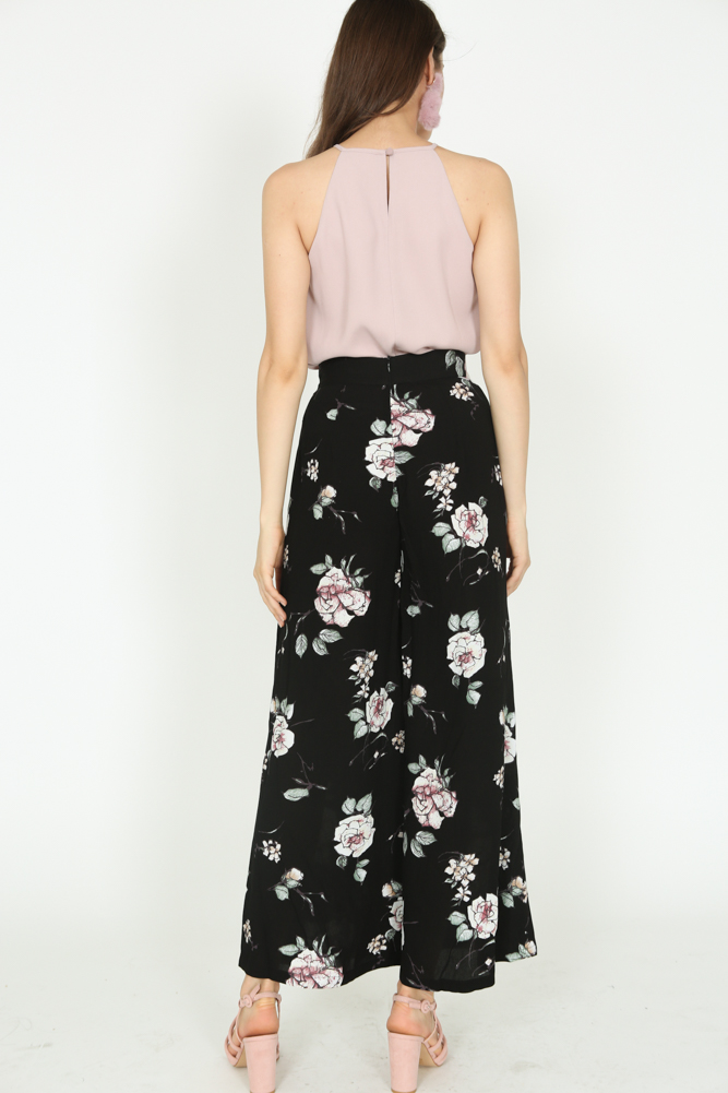 Wide-Leg Pants in Black Floral