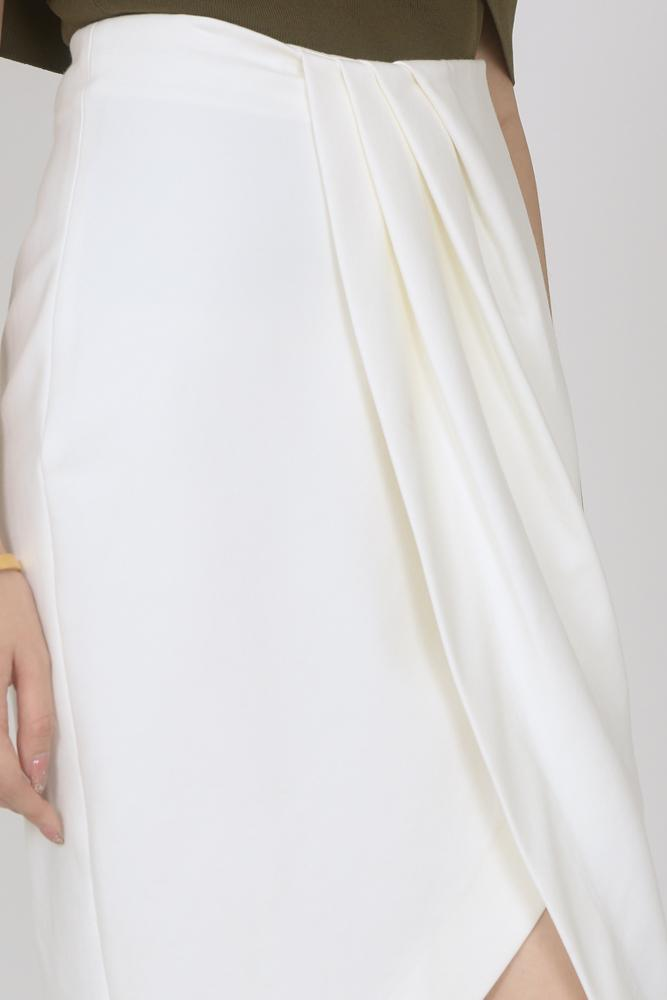 Asymmetric Pleated Skirt in Ivory
