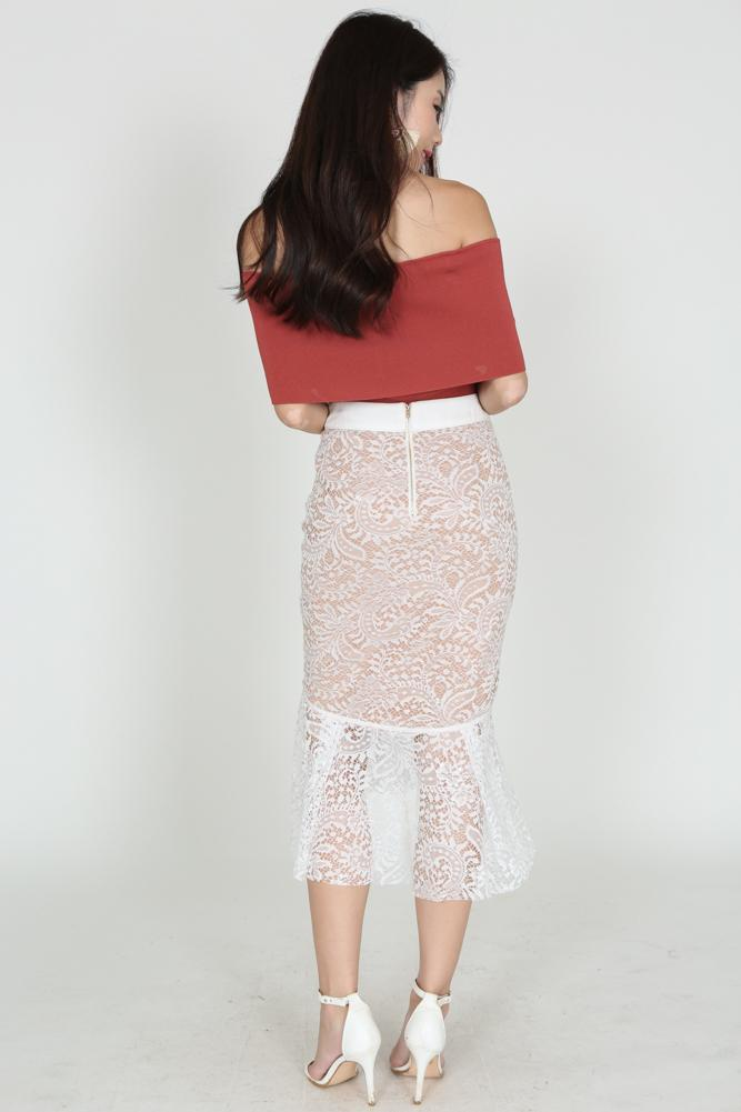 Mermaid Lace Skirt in Ivory