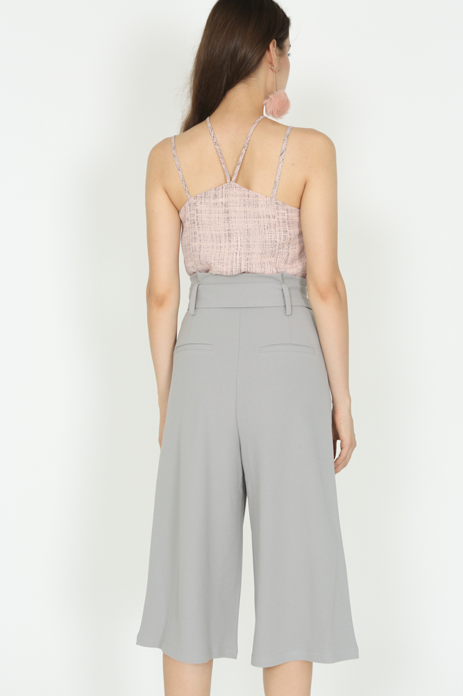 Buckled Wide-Leg Pants in Light Grey