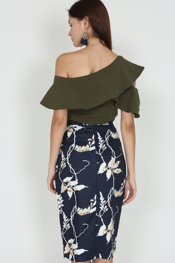 Gladioli Wrapped Skirt in Midnight Floral