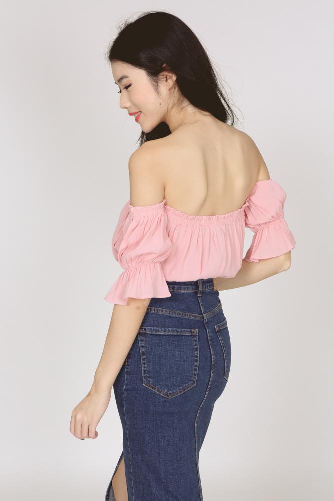 Off Shoulder Cropped Top in Pink