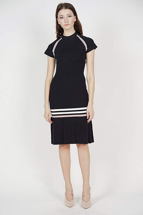 17c4a1aaf20 Tessa Knitted Dress in Black
