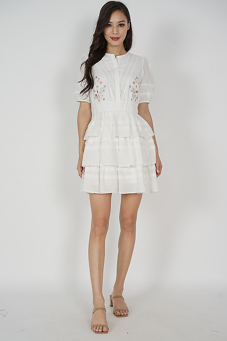 Casalyn Buttoned Dress in White - Shipping out from 20 to 23 April onwards