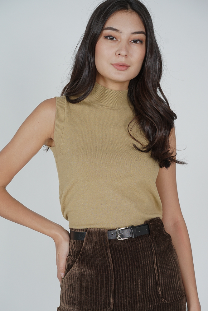 Urieo Top in Mustard - Online Exclusive