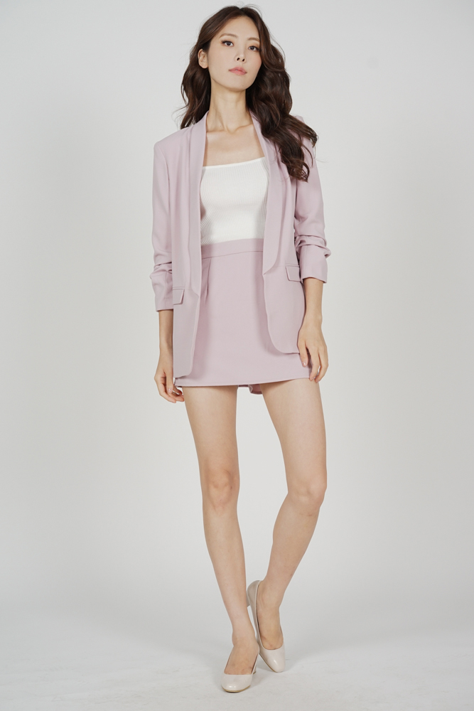 Maizel Gathered Sleeve Blazer in Pink